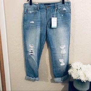 Levi's NWT boyfriend fit jeans size 11